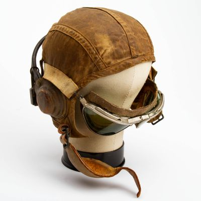 """WWII US Navy Flight Helmet and Goggles 8"""" x 7.5"""""""