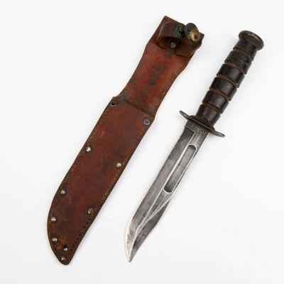 WWII Camillus USMC Fighting Knife